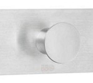 Kolmoiskoukku Smedbo B design 1113 tarrakiinnitteinen harjattu