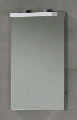 Peili LED-valaistuksella 3.3W/IP 44 Villeroy & Boch Memento C304 450x750x50/170 mm lakattu mattavalkoinen