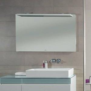 Peili LED-valaistuksella 6.4W/IP 44 Villeroy & Boch Memento C304 800x750x50/170 mm lakattu mattavalkoinen
